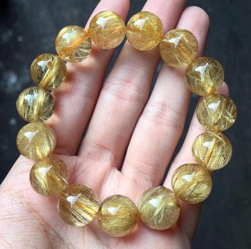 vòng tay đá phong thủy thạch anh tóc vàng